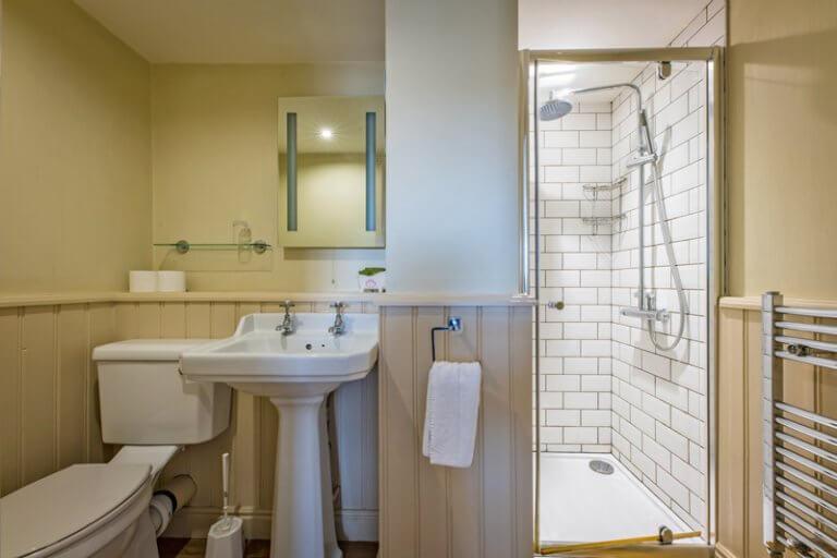Room4_3x2_bathroom_1546